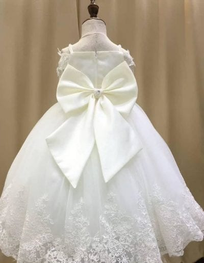 White lace bridesmaid flower girl dress with big bow